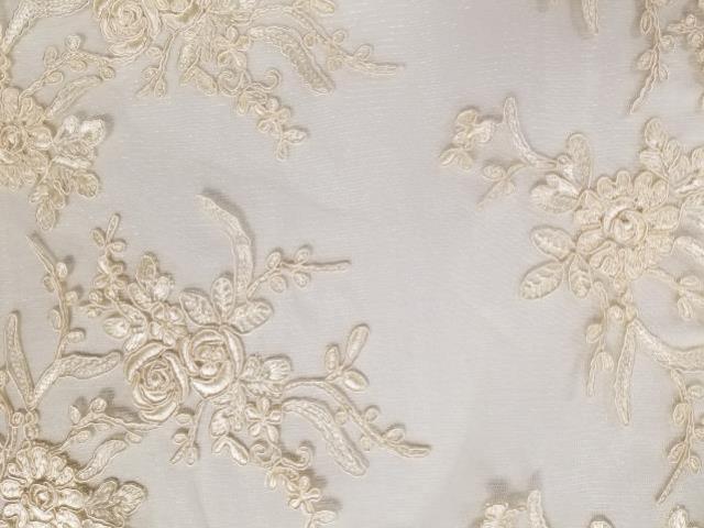 14 x 108 inch Ivory Elegance Lace Runner
