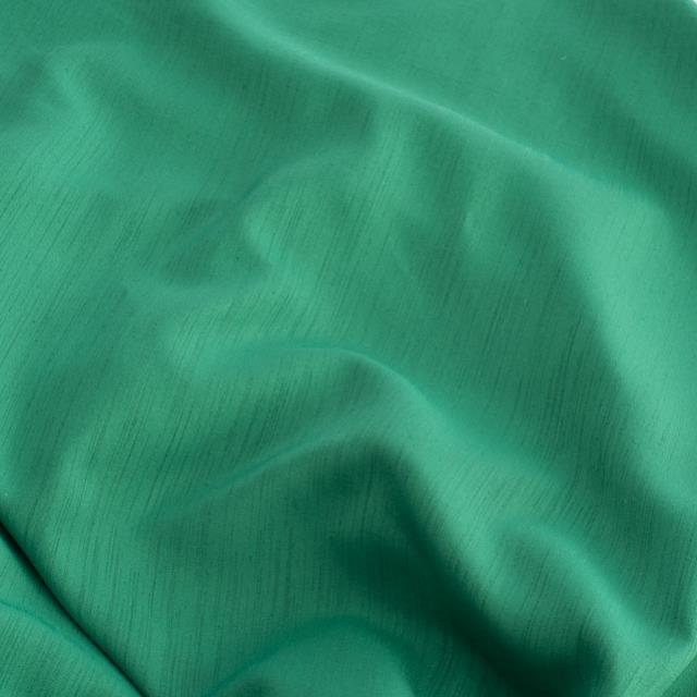 12 x 108 inch Emerald Green Majestic Runner